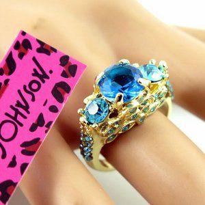 NWT Size 8 BETSEY JOHNSON Blue Goldtone Ring